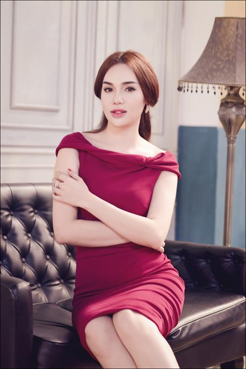 Hoa hậu Diệu Hân cuốn hút với váy hè - 10