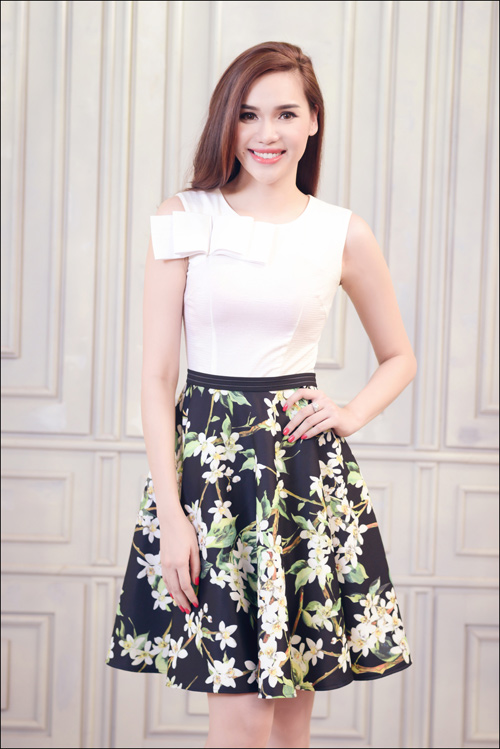 Hoa hậu Diệu Hân cuốn hút với váy hè - 15