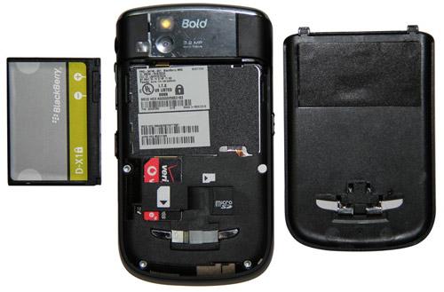 Điều gì khiến Blackberry giá 1,3 triệu hút khách cả nước? - 3