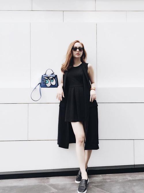 Minh Hằng mặc sành điệu dạo phố Thái Lan - 3