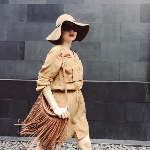 Minh Hằng mặc sành điệu dạo phố Thái Lan - 4