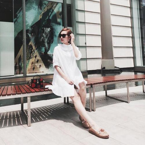 Minh Hằng mặc sành điệu dạo phố Thái Lan - 7