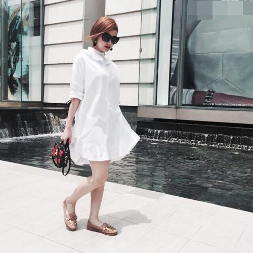 Minh Hằng mặc sành điệu dạo phố Thái Lan - 9