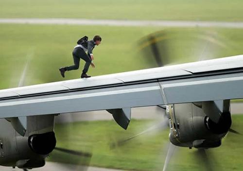 """Tom Cruise làm khán giả hết hồn trong """"Nhiệm vụ bất khả thi 5"""" - 2"""