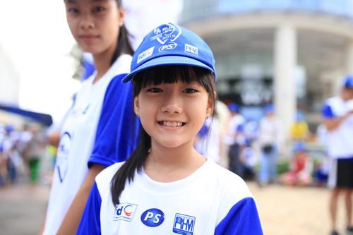 6,000 người đồng hành cùng chương trình Run for Smile - 4
