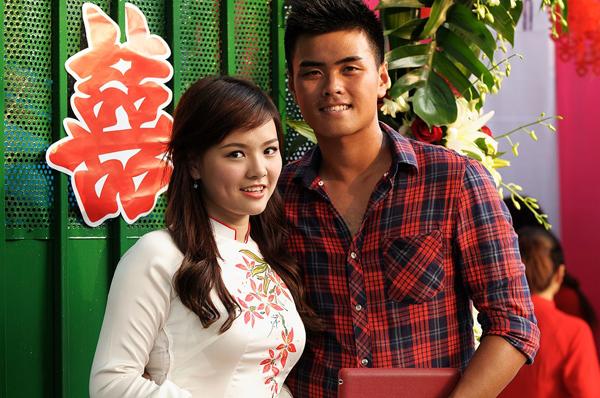 Hot girl bồng con đi thi Vietnam Idol chia sẻ lý do lấy chồng sớm - 2