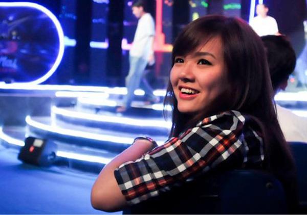 Hot girl bồng con đi thi Vietnam Idol chia sẻ lý do lấy chồng sớm - 1