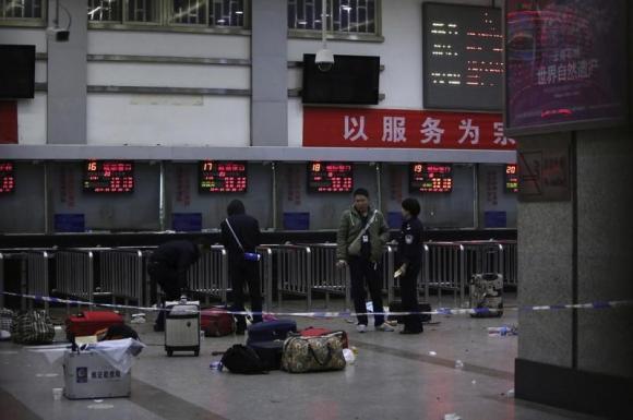 TQ: Tử hình 3 phần tử khủng bố làm 31 người chết - 1