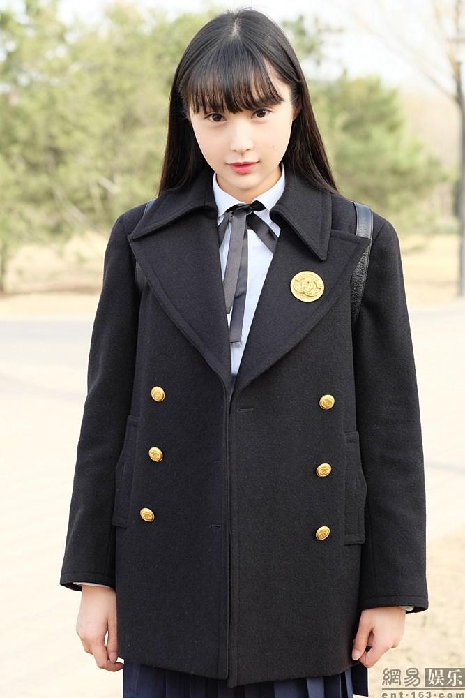 Kha Đồng hiện đang là sinh viên trường Học viện Hý kịch Bắc Kinh (Trung Quốc)
