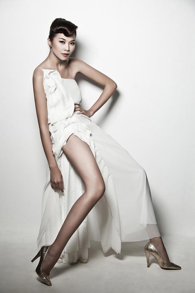 Siêu mẫu Thanh Hằng có cặp chân dài nổi tiếng nhất trong làng mẫu Việt. & nbsp;