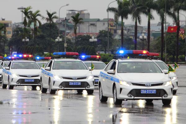 """Ngắm dàn xe """"khủng"""" chống bạo động của công an Hà Nội - 10"""