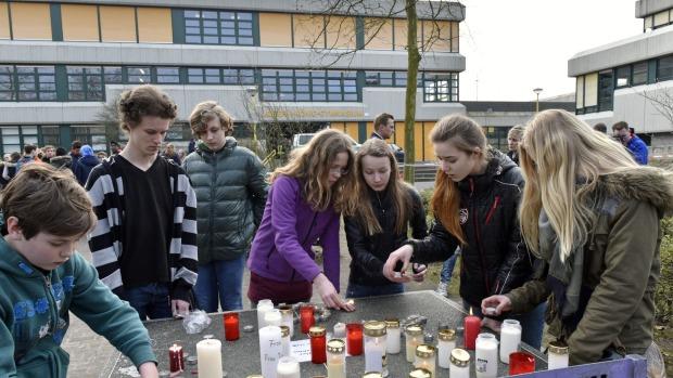 Airbus A320 rơi: 16 học sinh Đức lẽ ra đã thoát nạn - 1