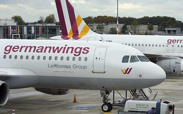 Airbus A320 rơi: Phi công, tiếp viên Germanwings sợ hãi, từ chối bay - 1