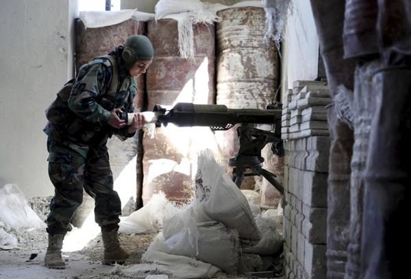 Những bóng hồng xinh đẹp trong nội chiến Syria - 5