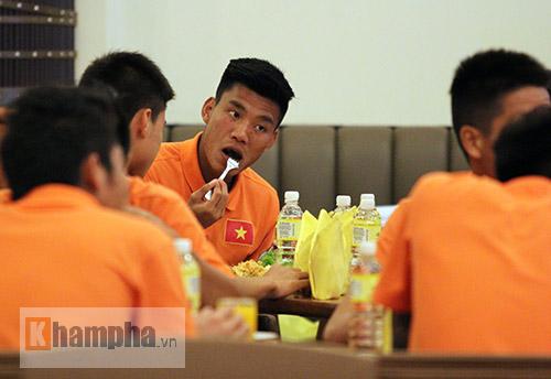 Thủ lĩnh U23 VN muốn có kỷ niệm đẹp ở sân Shah Alam - 3