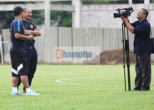"""""""Luyện công"""" bài tập lạ, U23 Malaysia chờ U23 VN - 10"""