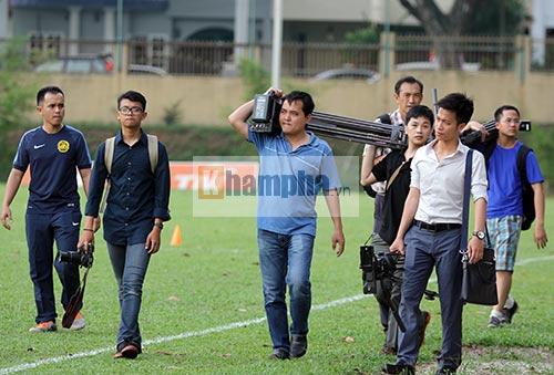 """""""Luyện công"""" bài tập lạ, U23 Malaysia chờ U23 VN - 12"""
