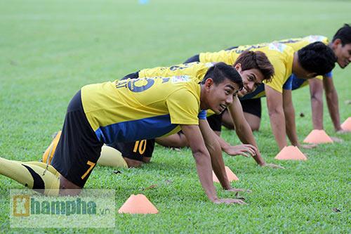 """""""Luyện công"""" bài tập lạ, U23 Malaysia chờ U23 VN - 3"""