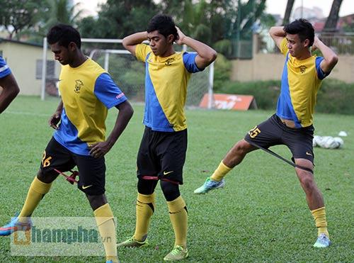 """""""Luyện công"""" bài tập lạ, U23 Malaysia chờ U23 VN - 5"""