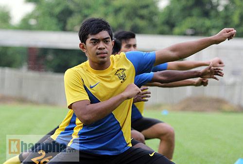"""""""Luyện công"""" bài tập lạ, U23 Malaysia chờ U23 VN - 7"""