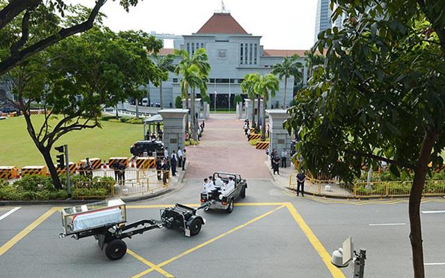 Dòng người Singapore tiễn đưa cựu Thủ tướng Lý Quang Diệu - 1