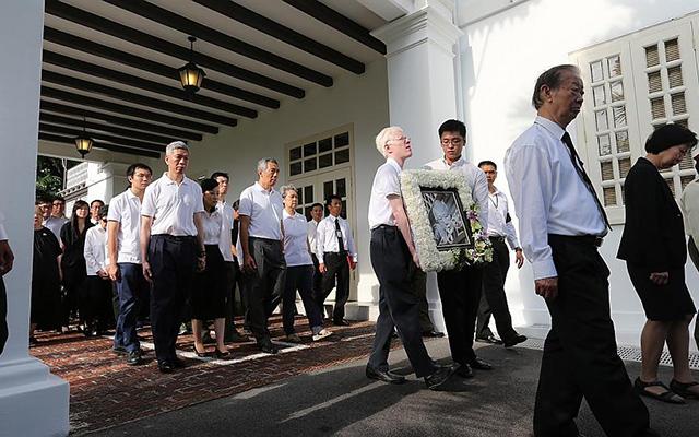 Dòng người Singapore tiễn đưa cựu Thủ tướng Lý Quang Diệu - 3