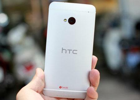 """HTC One M7, M8 và một tuần """"siêu"""" giảm giá - 2"""
