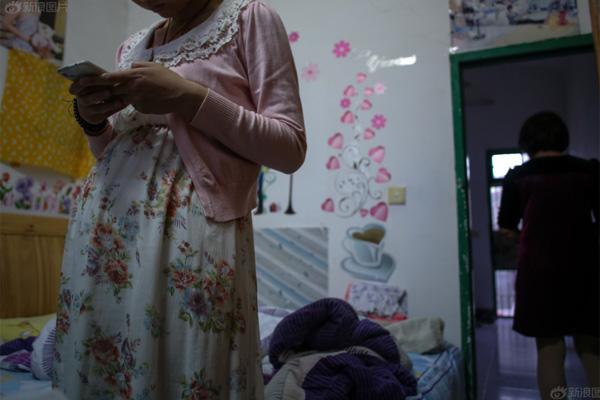 Bộ ảnh chân thực về cuộc sống của những bà mẹ đơn thân - 6