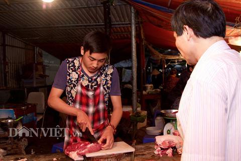 Chàng trai bán thịt lợn có gương mặt đẹp như tài tử - 5