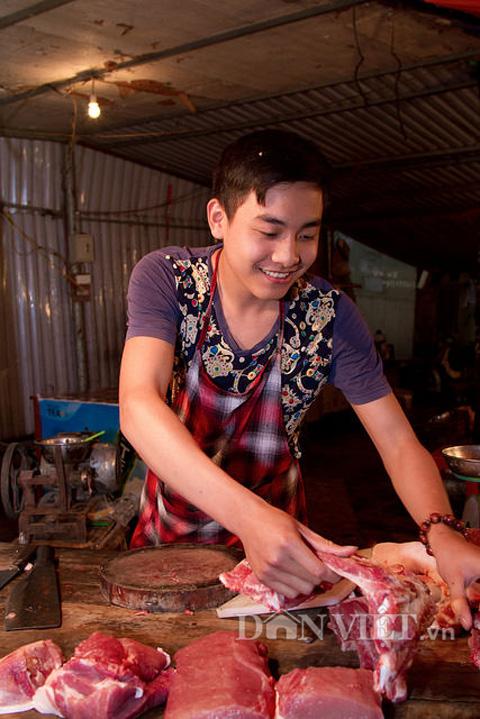 Chàng trai bán thịt lợn có gương mặt đẹp như tài tử - 7