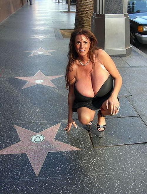 """Bật mí về quý cô có bộ ngực """"phi thường"""" ở American Got Talent - 4"""