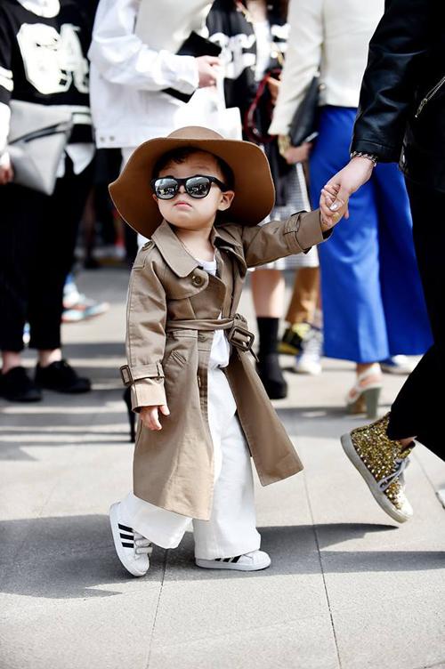 Choáng vì độ sành điệu của nhóc tì tại Seoul Fashion Week - 2
