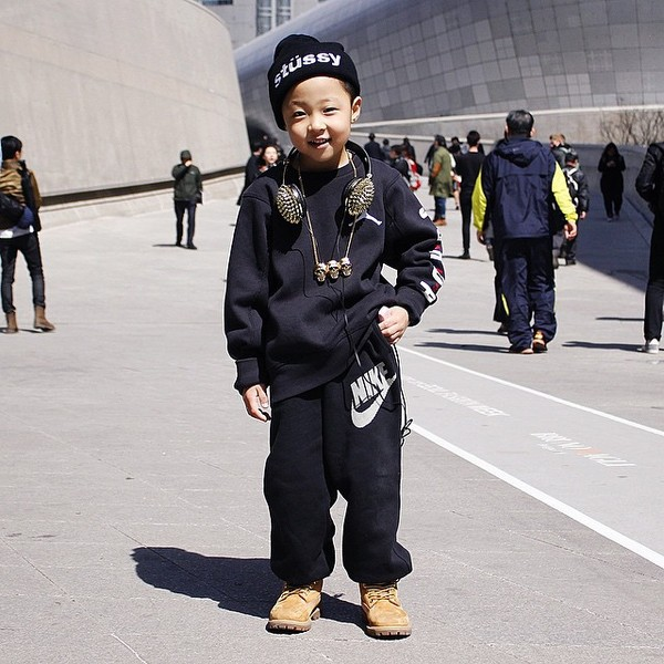 Choáng vì độ sành điệu của nhóc tì tại Seoul FW - 3