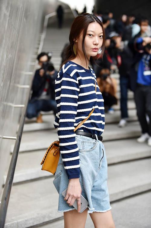 Choáng vì độ sành điệu của nhóc tì tại Seoul Fashion Week - 23