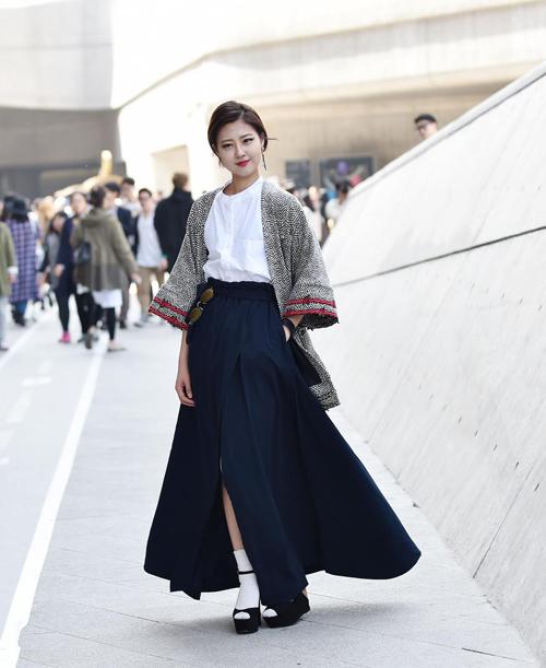 Choáng vì độ sành điệu của nhóc tì tại Seoul Fashion Week - 28