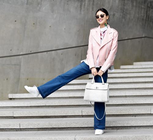 Choáng vì độ sành điệu của nhóc tì tại Seoul Fashion Week - 27