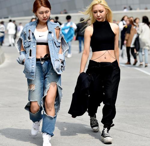 Choáng vì độ sành điệu của nhóc tì tại Seoul Fashion Week - 35