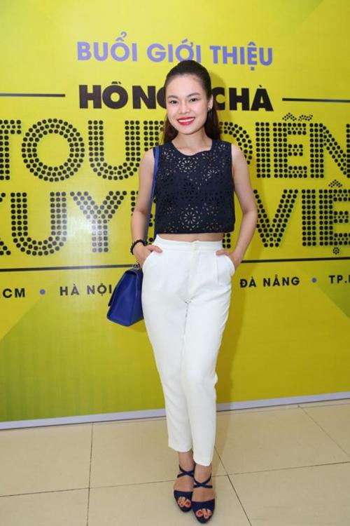 Những lần mặc xuyên thấu đẹp miễn chê của sao Việt - 11