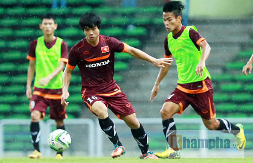 """U23 Malaysia - U23 Việt Nam: Phải """"chiến đấu"""" ở Shah Alam - 2"""