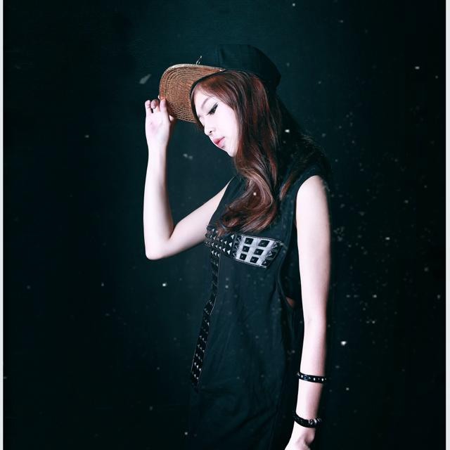 Cô gái xinh đẹp hát rap của Sơn Tùng M-TP cực hay - 12