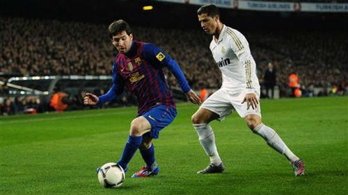 Messi muốn trọng tài đuổi Ronaldo ở El Clasico - 1
