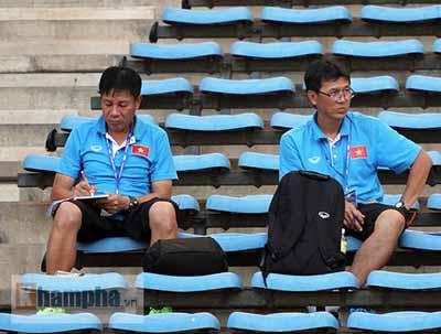 U23 Malaysia - U23 VN: Ngỡ ngàng Công Phượng - 10