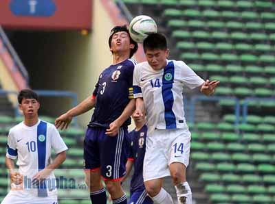 U23 Malaysia - U23 VN: Ngỡ ngàng Công Phượng - 9