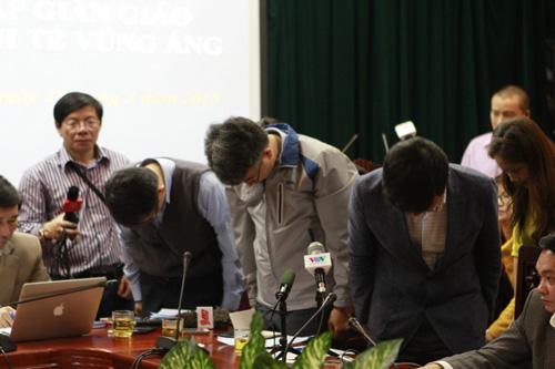 Đại diện Formosa và Samsung cúi đầu xin lỗi nạn nhân vụ sập giáo - 1