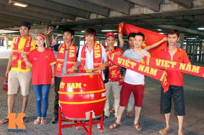 U23 Malaysia - U23 VN: Ngỡ ngàng Công Phượng - 12