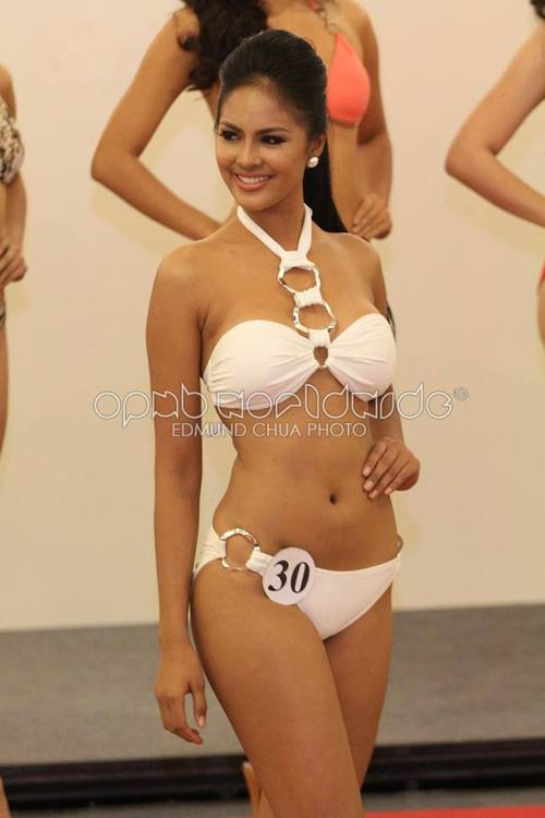 """Vẻ gợi cảm của """"nàng osin"""" thành hoa hậu Philippines - 9"""
