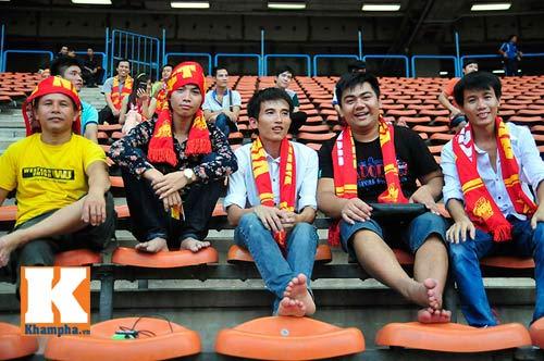 U23 Malaysia - U23 VN: Ngỡ ngàng Công Phượng - 25