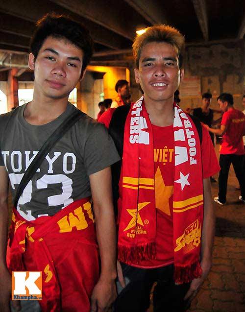 U23 Malaysia - U23 VN: Ngỡ ngàng Công Phượng - 31