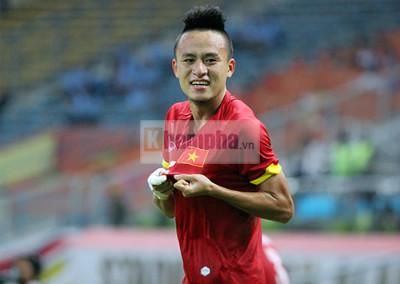 U23 Malaysia - U23 VN: Ngỡ ngàng Công Phượng - 20