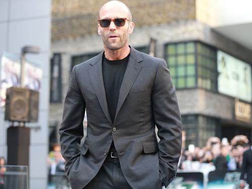 Jason Statham bảnh bao trên thảm đỏ Fast & Furious - 2